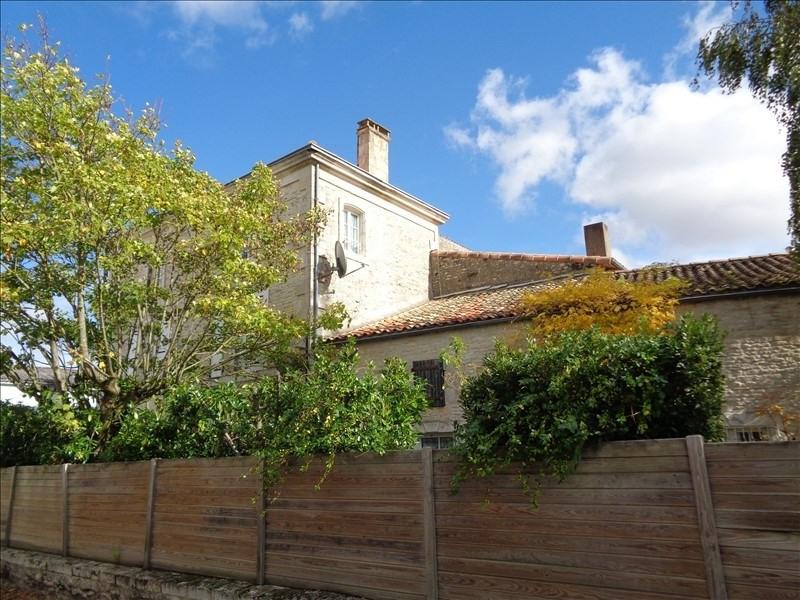 Sale house / villa Prahecq 218900€ - Picture 1