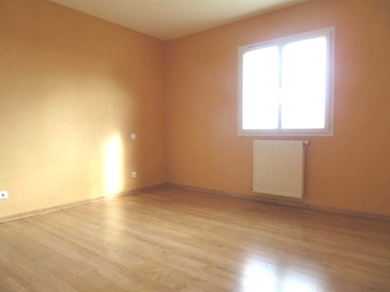 Rental house / villa Foulayronnes 880€ CC - Picture 5