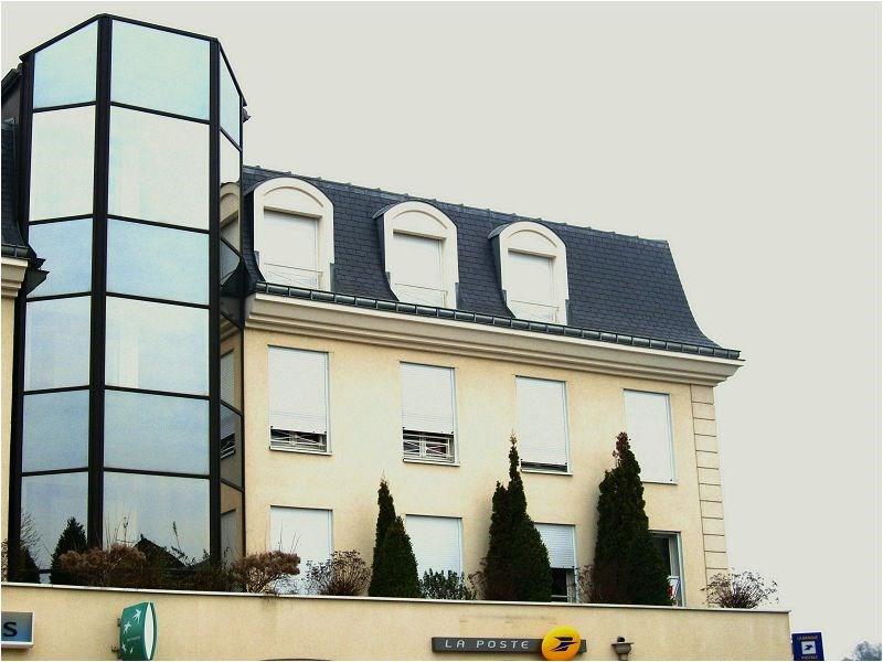 Rental apartment Crosne 897€ CC - Picture 1