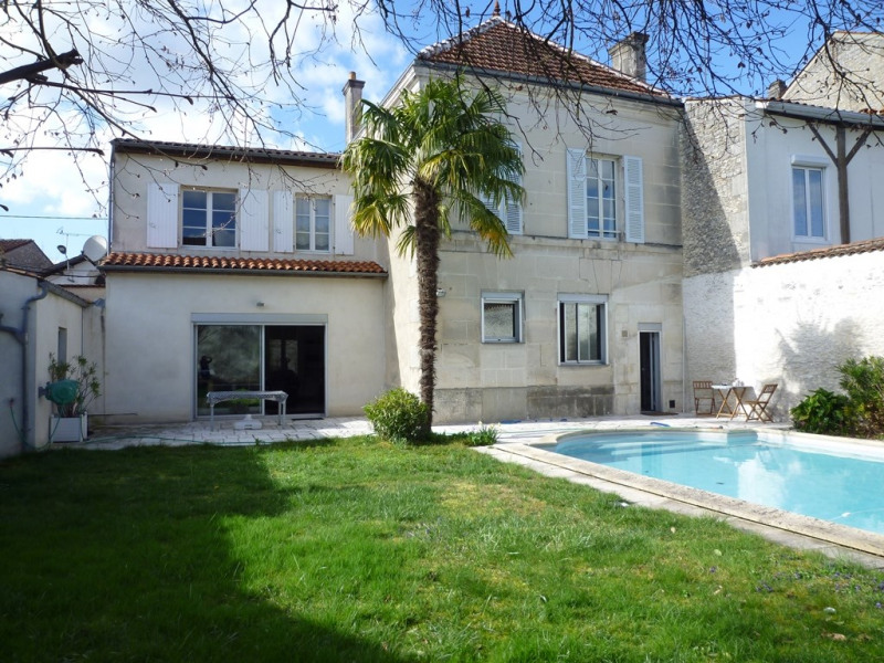 Sale house / villa Cognac 390 000€ - Picture 1