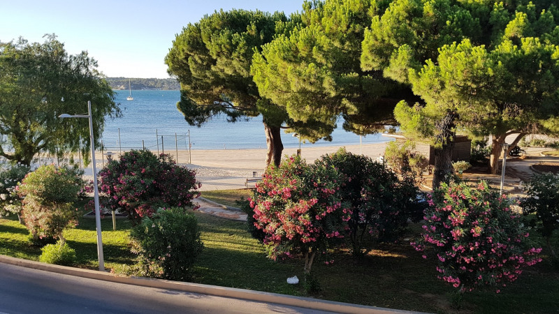 Vacation rental apartment Bandol 652€ - Picture 8