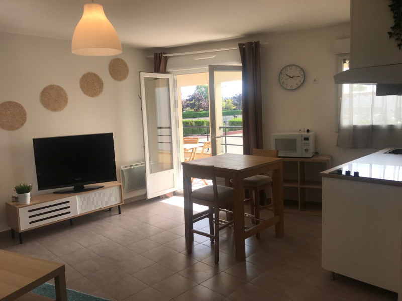 Rental apartment Ozoir-la-ferrière 850€ CC - Picture 2