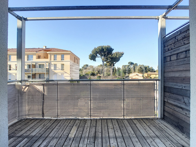 Location appartement Marseille 12ème 870€ CC - Photo 1