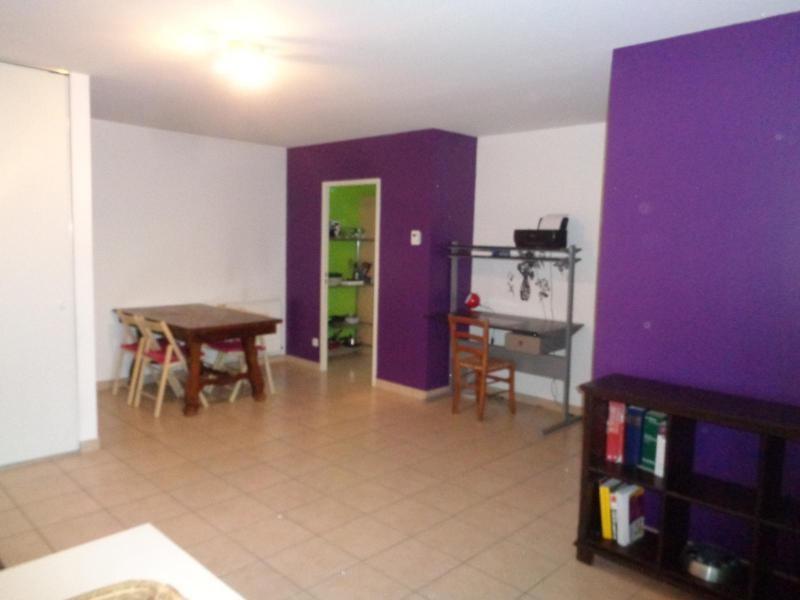 Location appartement Lyon 8ème 850€ CC - Photo 7