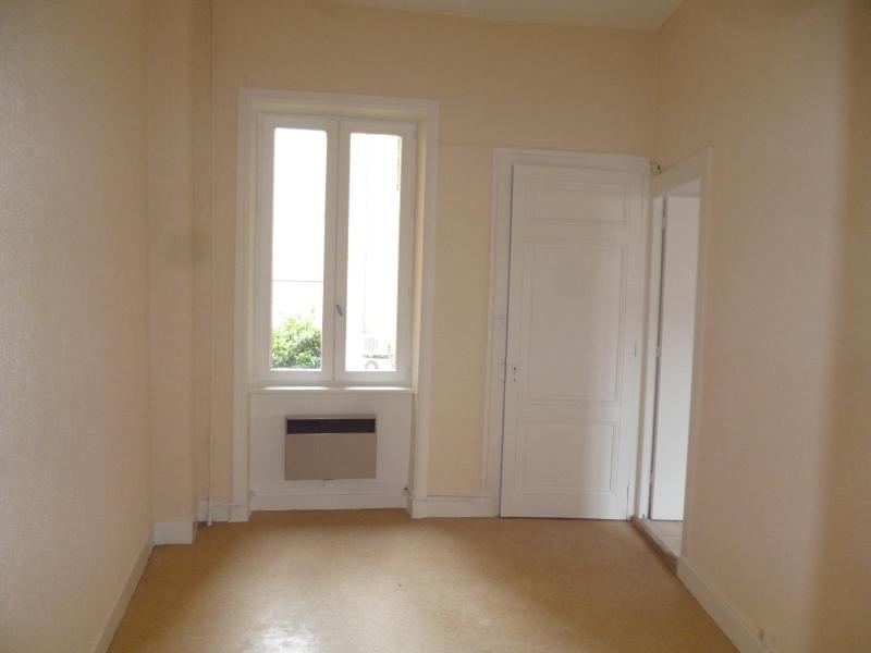 Location appartement Pontcharra sur turdine 498€ CC - Photo 3