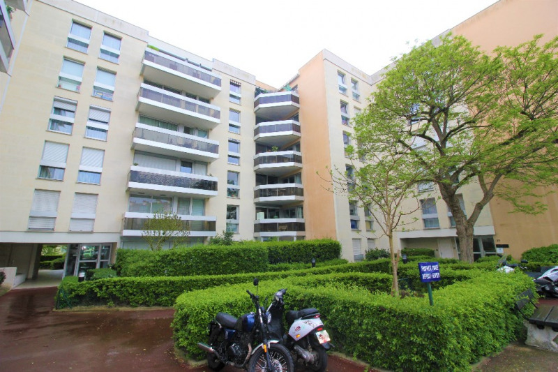 Sale apartment Le chesnay 589 500€ - Picture 1