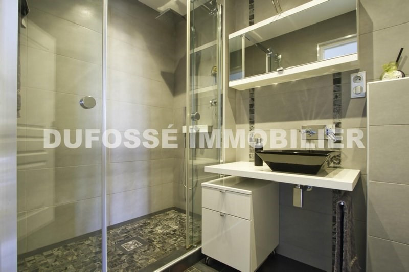 Deluxe sale apartment Tassin-la-demi-lune 574000€ - Picture 11