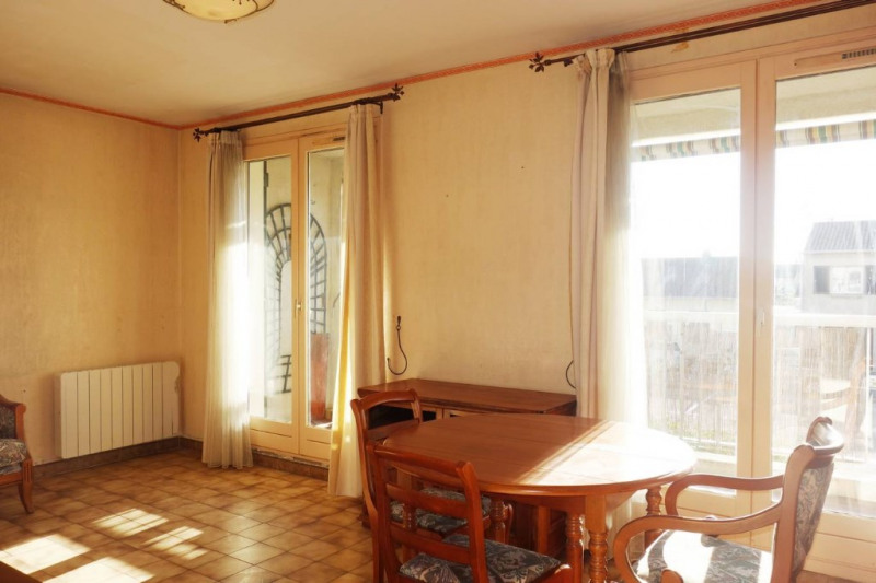 Locação apartamento La londe les maures 777€ CC - Fotografia 6