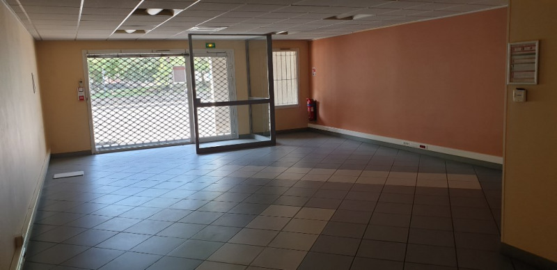 Vente local commercial Fontaine 108 100€ - Photo 3