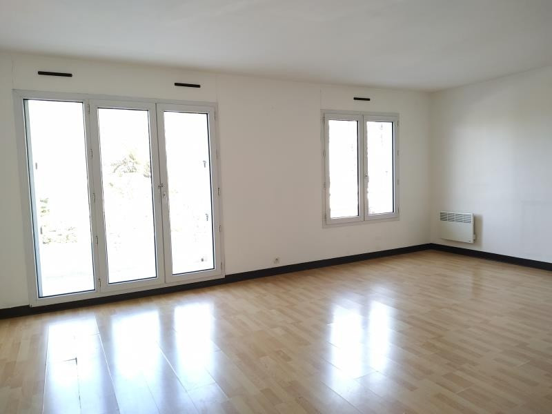 Location appartement Chennevieres sur marne 1 294€ CC - Photo 2
