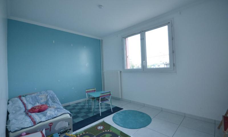 Rental apartment Les clayes sous bois 1300€ CC - Picture 6