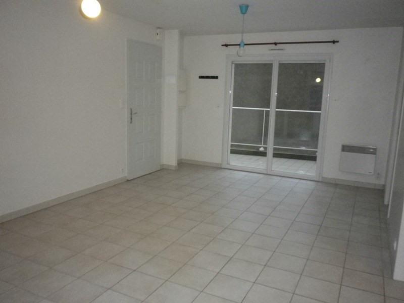 Location appartement Sainte luce sur loire 710€ CC - Photo 3