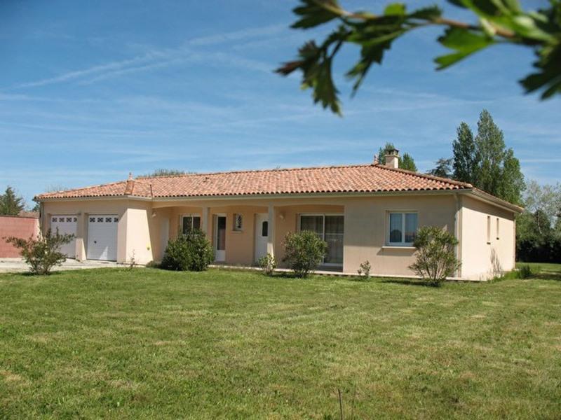 Sale house / villa Etaules 451500€ - Picture 1