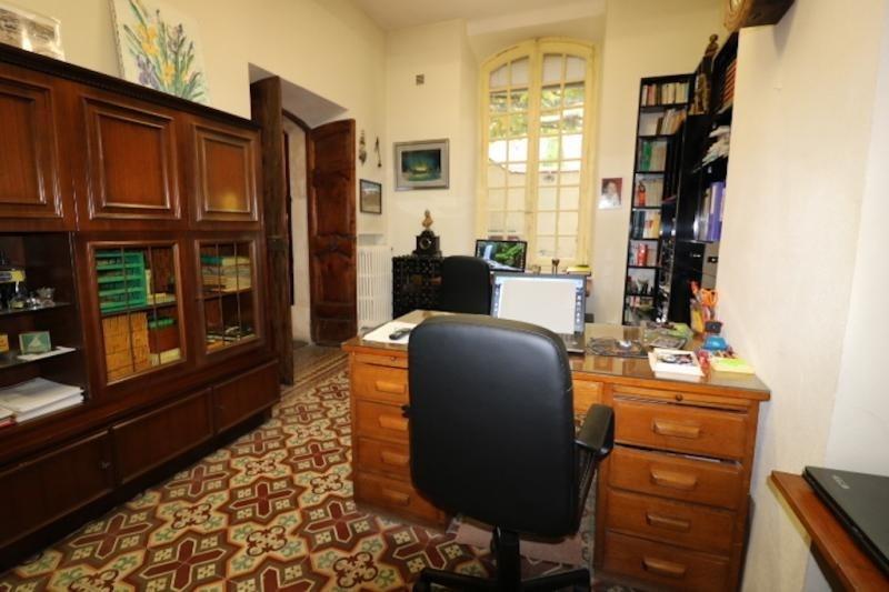 Revenda residencial de prestígio casa Arles 950000€ - Fotografia 9