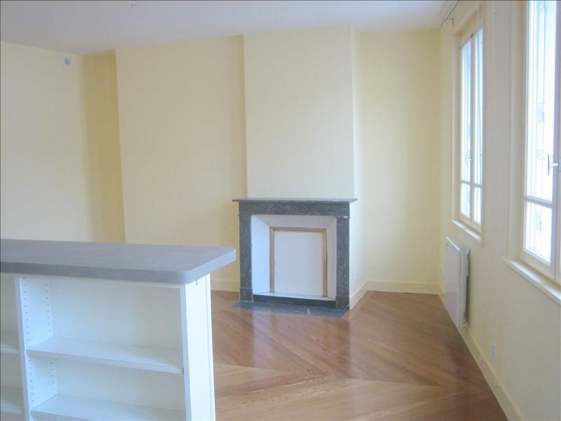 Rental apartment Honfleur 548€ CC - Picture 1