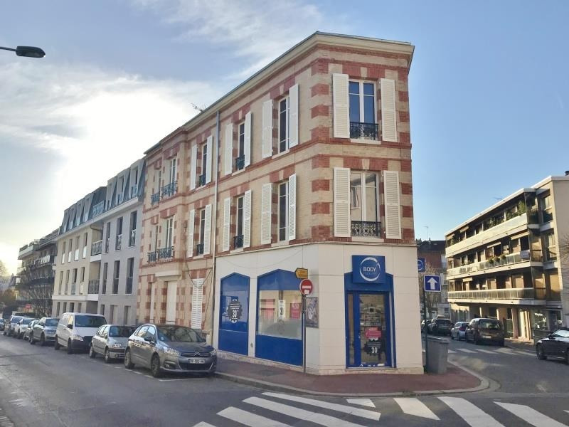Sale apartment Le vesinet 260 000€ - Picture 1