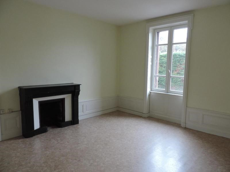 Location appartement Amplepuis 350€ CC - Photo 3