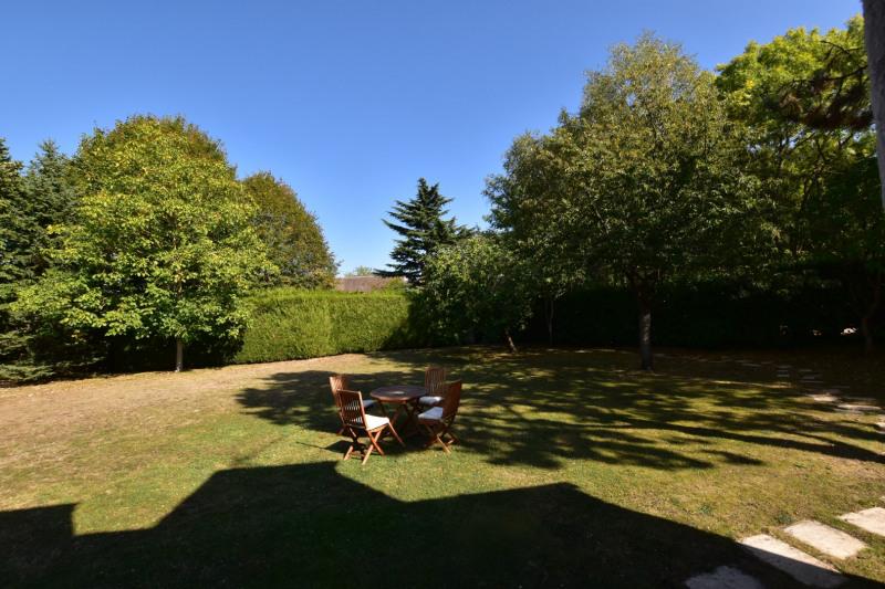 Deluxe sale house / villa Noisy le roi 1190000€ - Picture 4