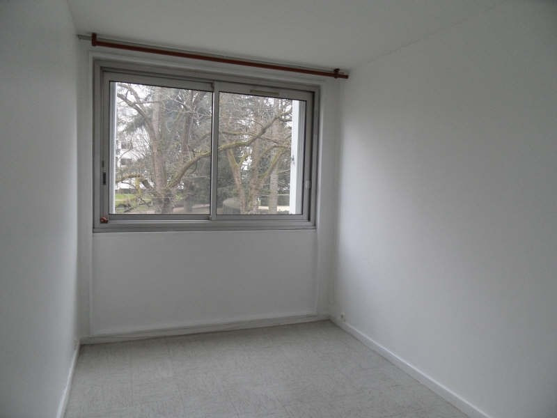 Rental apartment Marly le roi 983€ CC - Picture 3