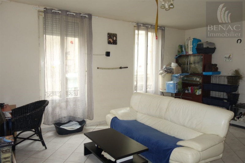Location appartement Realmont 470€ CC - Photo 1