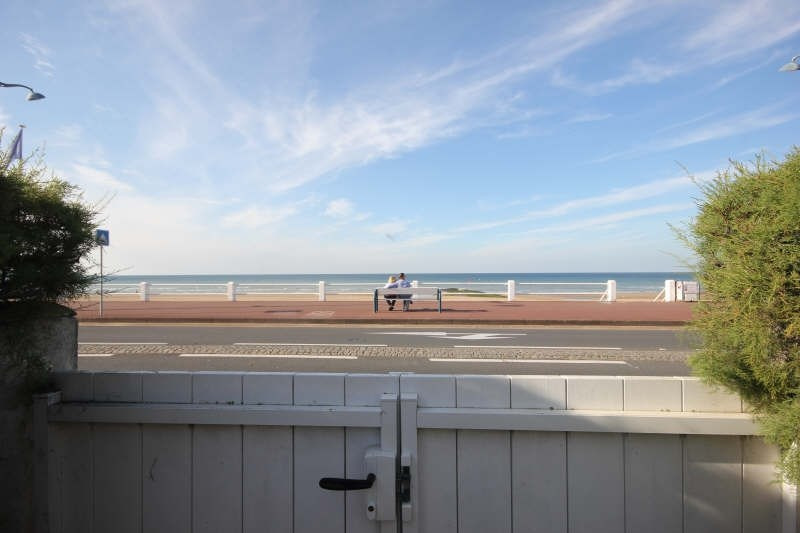 Deluxe sale apartment Villers sur mer 349 000€ - Picture 2