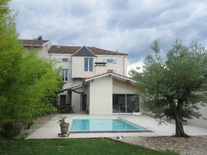 Sale house / villa Aire sur l adour 550000€ - Picture 1