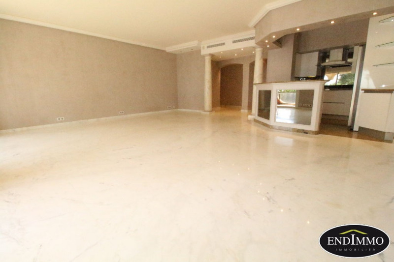 Deluxe sale apartment Villeneuve loubet 849 000€ - Picture 2