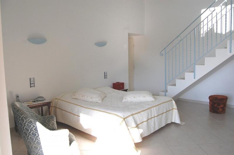 Vente de prestige maison / villa Les adrets 960000€ - Photo 8