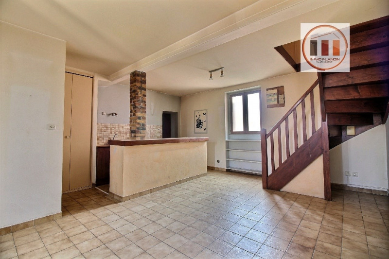 Sale apartment Charly 130000€ - Picture 2