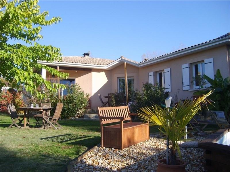 Sale house / villa Montpon menesterol 241000€ - Picture 1