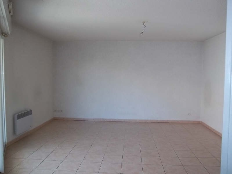 Location appartement Marseille 8ème 725€ CC - Photo 5