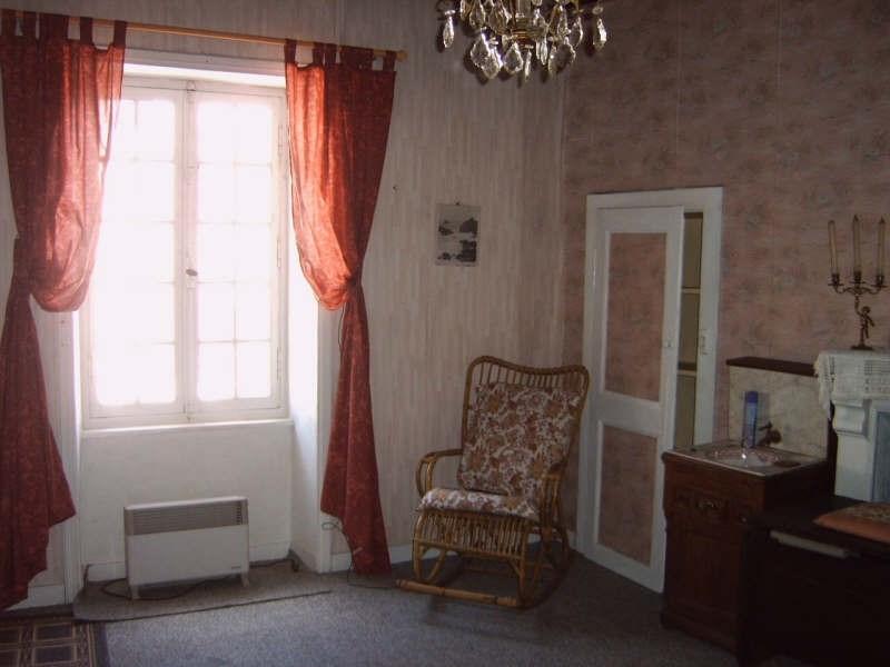 Sale house / villa Pont croix 53500€ - Picture 6