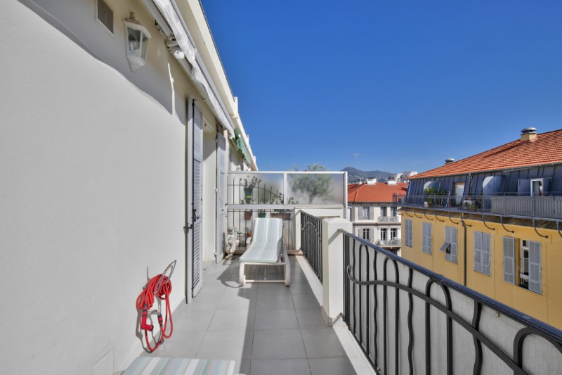 Deluxe sale apartment Nice 1 260 000€ - Picture 12