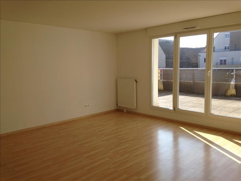 Rental apartment Rhinau 760€ CC - Picture 1