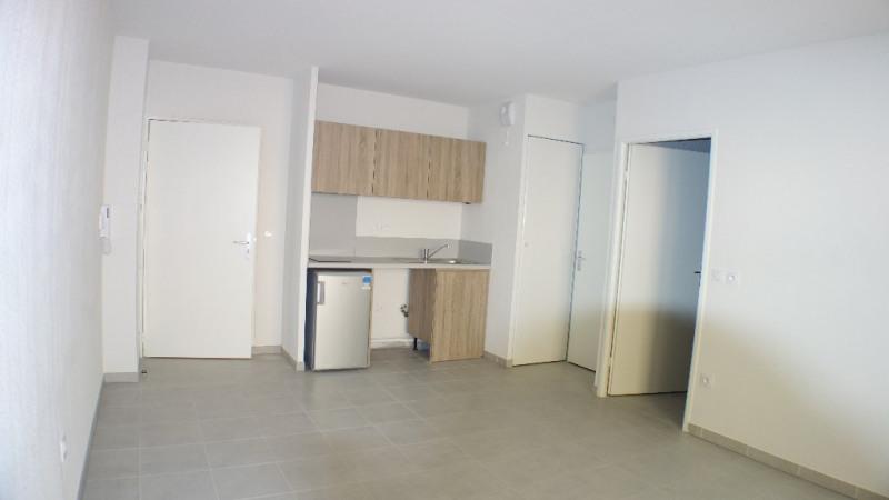 Locação apartamento Londe les maures 633€ CC - Fotografia 5
