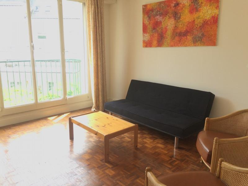 Rental apartment Neuilly-sur-seine 1200€ CC - Picture 2