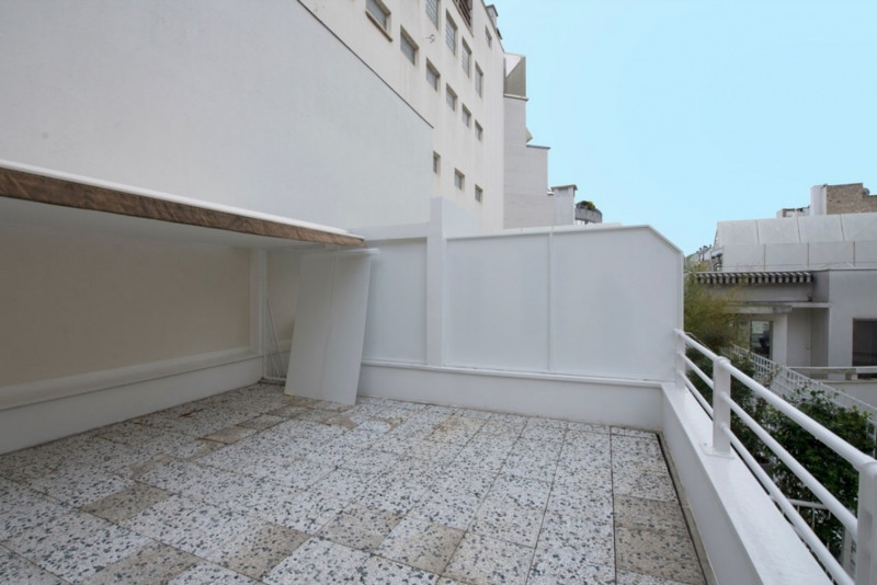 Rental apartment Paris 8ème 8300€ CC - Picture 2