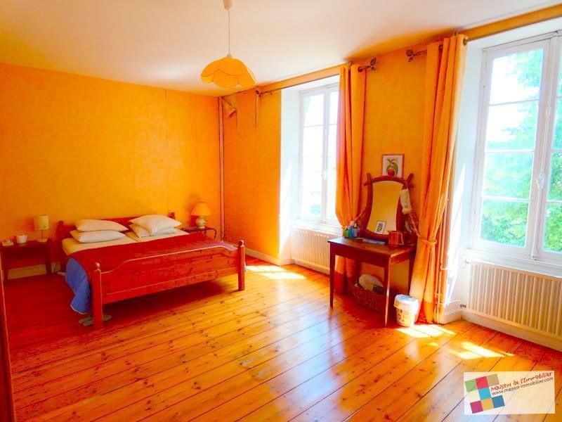 Sale house / villa Salles d'angles 418700€ - Picture 8