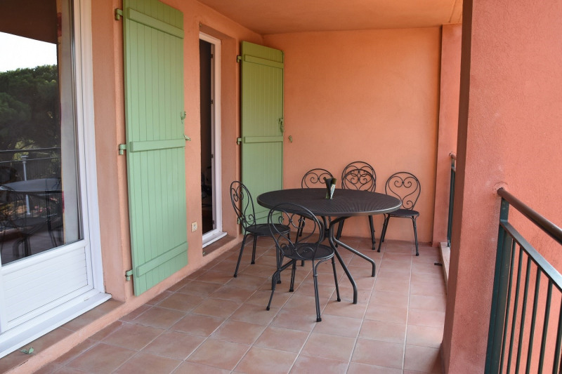Vacation rental apartment Les issambres 600€ - Picture 2