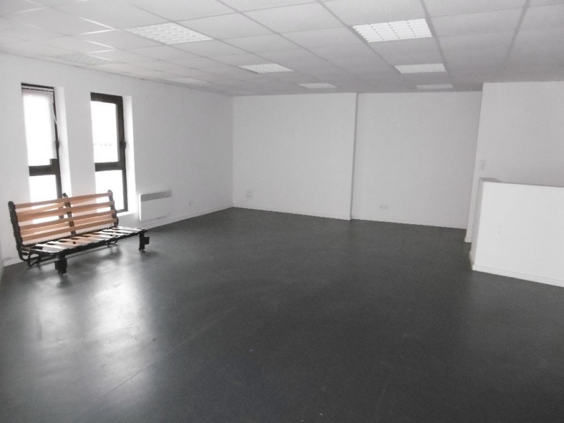 Location boutique La mothe achard 780€ HC - Photo 3