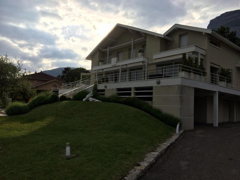 Deluxe sale house / villa Grenoble 1398000€ - Picture 1