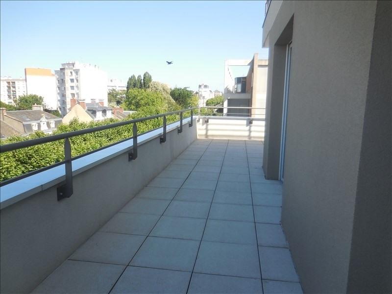 Rental apartment La roche sur yon 930€ CC - Picture 2