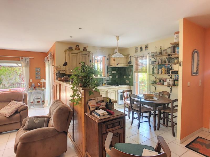 Revenda casa Beaucaire 274000€ - Fotografia 12