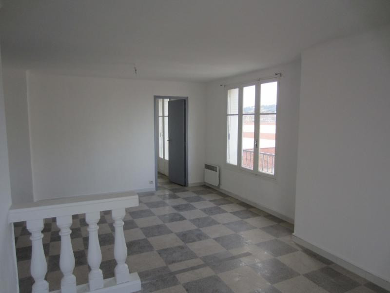 Rental apartment La seyne sur mer 595€ CC - Picture 7