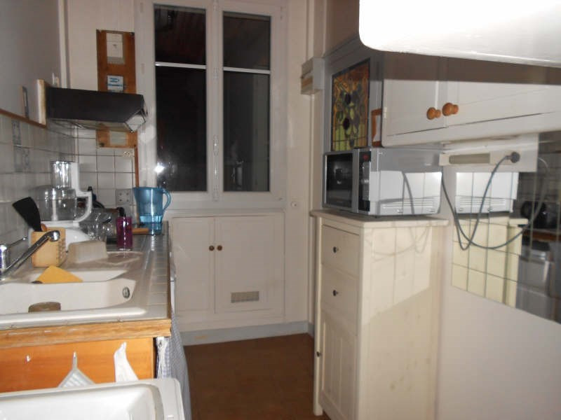 Rental apartment St germain en laye 966€ CC - Picture 2
