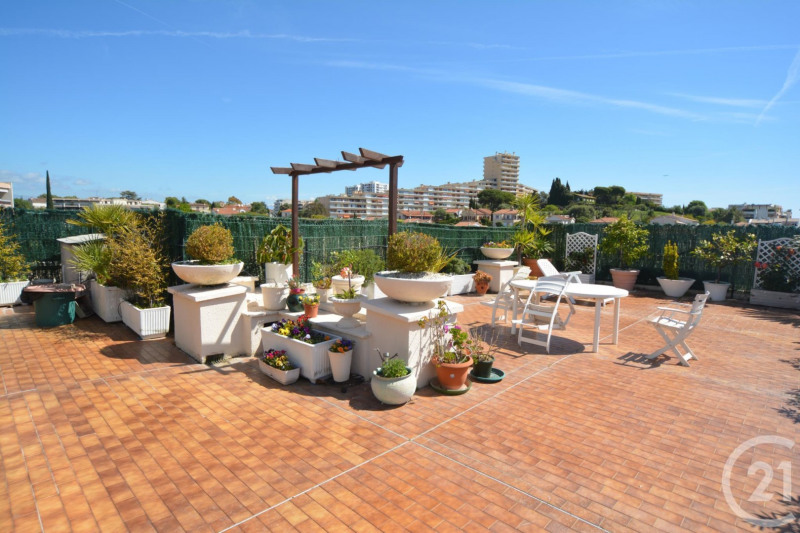Deluxe sale apartment Antibes 600 000€ - Picture 3