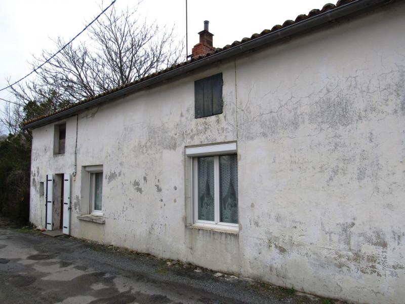 Sale house / villa Les eglises d'argenteuil 38250€ - Picture 1