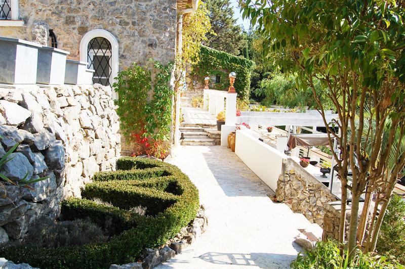 Revenda residencial de prestígio casa Le canton de fayence 895000€ - Fotografia 28