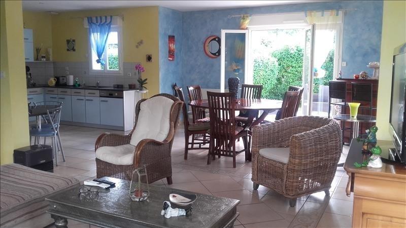 Sale house / villa La riche 399000€ - Picture 4