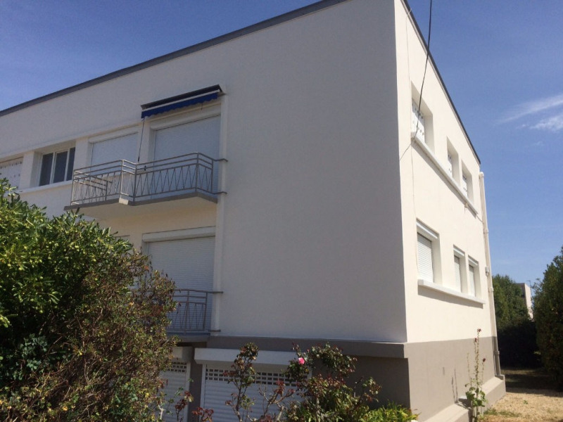 Sale apartment La rochelle 220 000€ - Picture 1